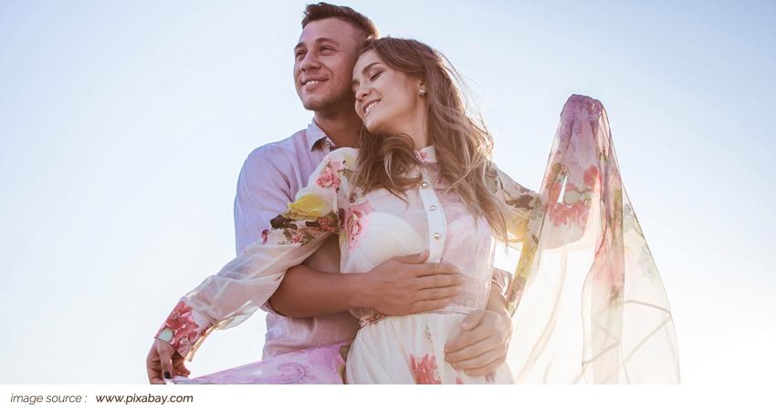 Main Article 2018 _ PlusMinus Menikah Muda
